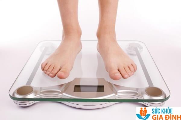 Đối với cân nặng nên cân ít nhất 3 lần